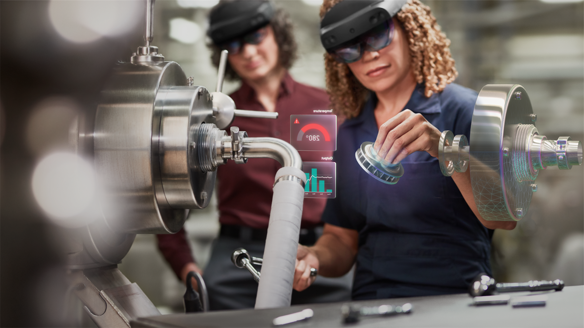 Women working in a plant with a Hololens
